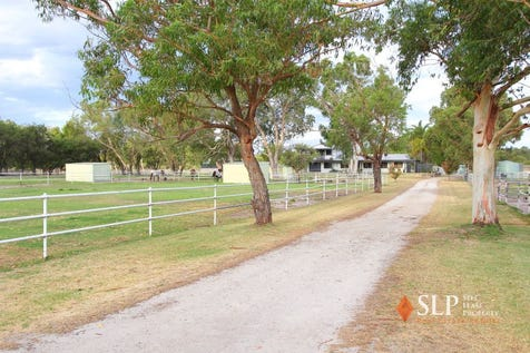 83 Peters Road, Muchea, 6501, North East Perth - House / PICTURESQUE EQUESTRIAN FACILITY / Garage: 2 / $995,000