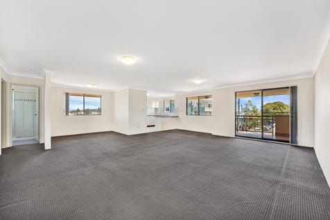 6/170-172 The Entrance Road, The Entrance, 2261, Central Coast - Unit / Large 161m2 Split Level Unit – Top Floor - First Home or Investment / Balcony / Garage: 1 / Built-in Wardrobes / Dishwasher / $435,000