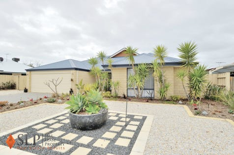 16 Petworth Drive, The Vines, 6069, North East Perth - House / Living The Vines Lifestyle! Fantastic Value! / Garage: 2 / $589,000
