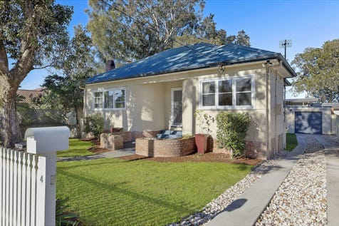 4 Winbourne Street, Gorokan, 2263, Central Coast - House / CHARM, CHARACTER AND STYLE BY THE LAKE / Garage: 1 / $479,000