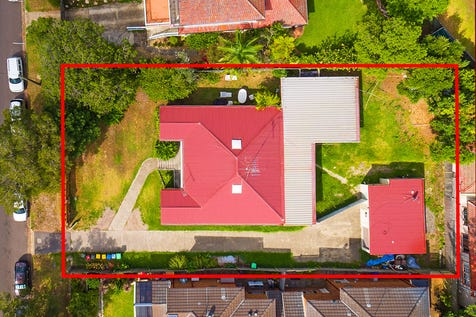 6 Foamcrest Avenue, Newport, 2106, Northern Beaches - House / Prime Beach Side Development Site. Large Double 1113sqm Block Presents Exciting Opportunity In Premium Newport Locale / Garage: 2 / Study / Toilets: 2 / P.O.A
