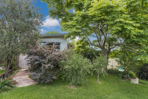 94 Hills Street, North Gosford, 2250, Central Coast - House / Renovate, Extend or Develop! Check Me Out.... / Carport: 1 / Garage: 1 / P.O.A