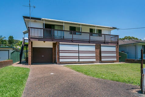 52 Clare Crescent, Berkeley Vale, 2261, Central Coast - House / Bring Nan and Pop Too / Balcony / Garage: 1 / P.O.A