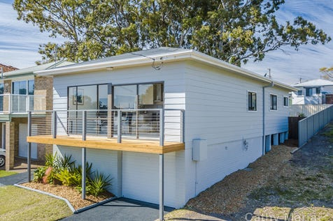 36 Kenilworth Street, Mannering Park, 2259, Central Coast - House / POSITION PERFECT - LAKE VIEWS / Balcony / Garage: 1 / Secure Parking / Floorboards / Toilets: 2 / $570,000