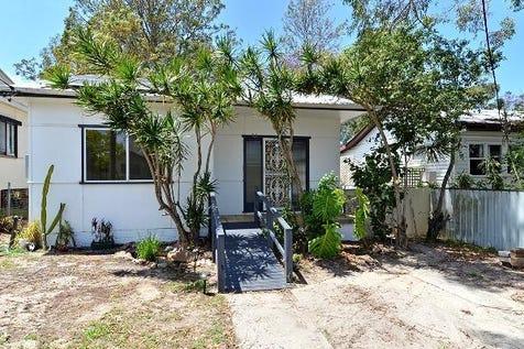 70  Springwood Street, Ettalong Beach, 2257, Central Coast - House / CHARMING & CONVENIENT / Garage: 1 / $659,000