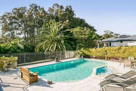 2 Anzac Road, Long Jetty, 2261, Central Coast - House / 5 bedroom house / Balcony / Courtyard / Deck / Fully Fenced / Outdoor Entertaining Area / Outside Spa / Shed / Swimming Pool - Inground / Carport: 4 / Secure Parking / Air Conditioning / Alarm System / Broadband Internet Available / Built-in Wardrobes / $1,320,000