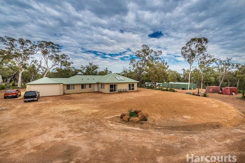 75 Holstein Loop, Lower Chittering, 6084, North East Perth - House / Why Build, This Home Is Only 1 Year Old! / $659,000