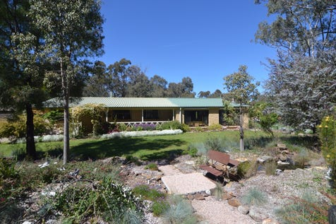 14 Mead St, Clandulla, 2848, Central Tablelands - House / LEAFY PEACEFUL & GREAT VALUE / Garage: 4 / $299,500