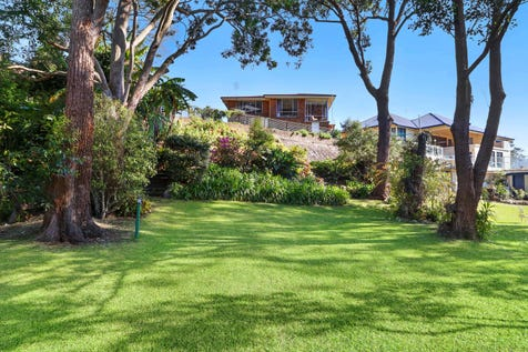 5 Minton Street, East Gosford, 2250, Central Coast - House / Auction tomorrow, onsite at 3.30pm. Viewing and registration from 2.30pm - All welcome! Affordable Absolute Waterfront / Garage: 3 / P.O.A