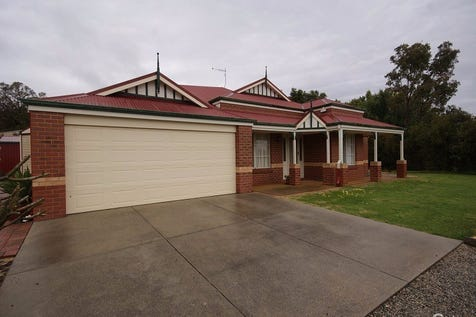 21 Scarpview Drive, Serpentine, 6125, North East Perth - House / A QUALITY BUILT HOME / Carport: 2 / P.O.A