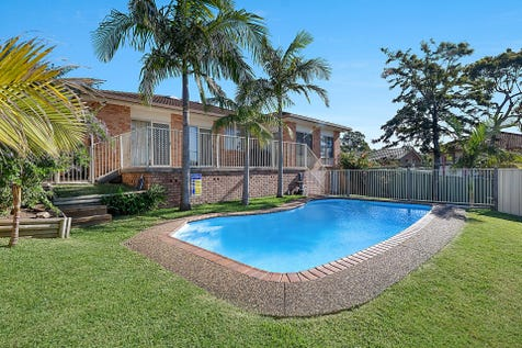 2 Clarkson Lane, Lake Haven, 2263, Central Coast - House / Family home, pool & distant water views / Swimming Pool - Inground / Garage: 2 / $565,000