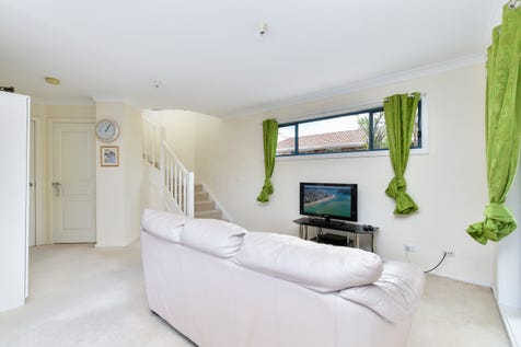 1/188 West Street, Umina Beach, 2257, Central Coast - Townhouse / MODERN TOWNHOUSE WITHIN A SHORT STROLL TO THE BEACH! / Garage: 2 / Secure Parking / $660,000