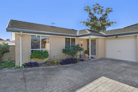 Villa 3/1-5 Peel Street, Toukley, 2263, Central Coast - Villa / Quality Villa In Premium Location / Outdoor Entertaining Area / Garage: 1 / Remote Garage / Built-in Wardrobes / Toilets: 1 / $420,000