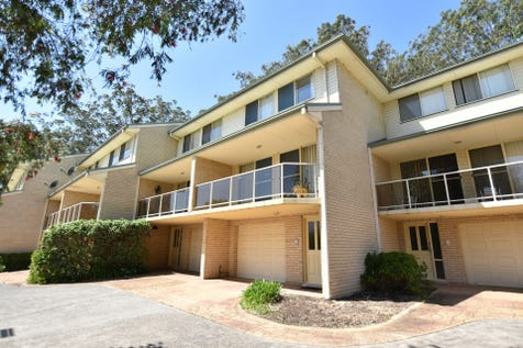 7/1 Gavenlock Rd, Tuggerah, 2259, Central Coast - Unit / AUCTION 28/10/17 3pm ON SITE / Balcony / Courtyard / Fully Fenced / Outdoor Entertaining Area / Garage: 1 / Remote Garage / Secure Parking / Dishwasher / Ducted Cooling / Intercom / Study / Ensuite: 1 / P.O.A