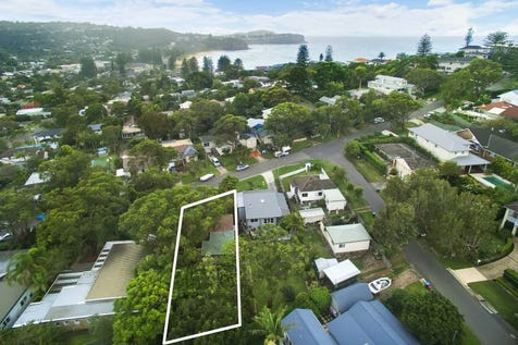 133 Queens Parade East, Newport, 2106, Northern Beaches - House / Retro Renovator in Golden Triangle! / Garage: 1 / Open Spaces: 1 / Living Areas: 2 / $1,850,000