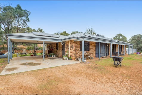 328 Powderbark Road, Lower Chittering, 6084, North East Perth - House / 4 bedroom house / Fully Fenced / Shed / Swimming Pool - Above Ground / Carport: 2 / Air Conditioning / Broadband Internet Available / Built-in Wardrobes / Pay TV Access / Study / Ensuite: 1 / $449