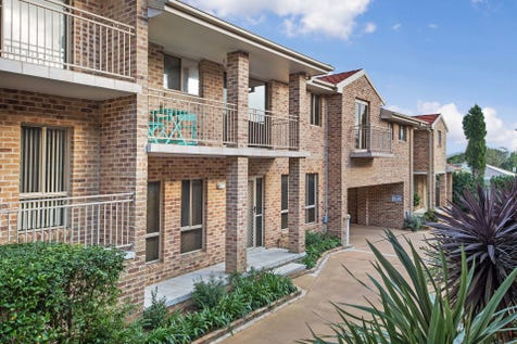 12/4-6 Webb Street, East Gosford, 2250, Central Coast - Unit / Water Views In A Perfect Location / Garage: 1 / Air Conditioning / Built-in Wardrobes / Dishwasher / P.O.A