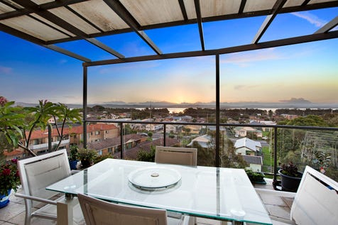 606/1-9 Torrens Avenue, The Entrance, 2261, Central Coast - Unit / Sold By Simon Mitrovich / Balcony / Garage: 1 / Secure Parking / Air Conditioning / Floorboards / Toilets: 2 / P.O.A