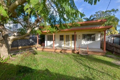 34 Bangalow Street, Ettalong Beach, 2257, Central Coast - House / A NO BRAINER IN BANGALOW! / Carport: 1 / Garage: 1 / Air Conditioning / P.O.A