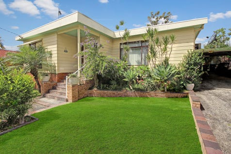 8 Henricks Road, Killarney Vale, 2261, Central Coast - House / &SOLD by Andrew Oxm! / Carport: 1 / Toilets: 3 / $569,000