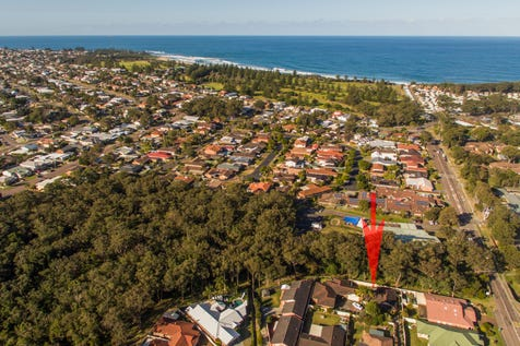 13A Laird Close, Shelly Beach, 2261, Central Coast - House / UNDER OFFER - Selling with Blake & Craig ! / Balcony / Garage: 2 / Air Conditioning / $665,000