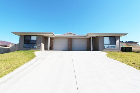 6 & 6a Amber Close, Kelso, 2795, Central Tablelands - House / GREAT INVESTMENT - DUAL INCOME!! / Garage: 2 / Secure Parking / Air Conditioning / Toilets: 4 / $780,000
