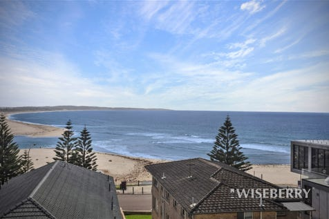 19/50-54 Ocean  Parade, The Entrance, 2261, Central Coast - House / Make the move today! / Balcony / Outdoor Entertaining Area / Garage: 2 / Remote Garage / Secure Parking / Built-in Wardrobes / Dishwasher / Ducted Cooling / Ducted Heating / Floorboards / Indoor Spa / Intercom / $1,150,000