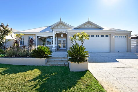 21 Carmen Circuit, The Vines, 6069, North East Perth - House / FEDERATION STYLE 3 GARAGE HOME OVERLOOKING SWIMMING POOL AND GOLF COURSE / Garage: 3 / Secure Parking / Air Conditioning / Floorboards / Toilets: 2 / $799,000