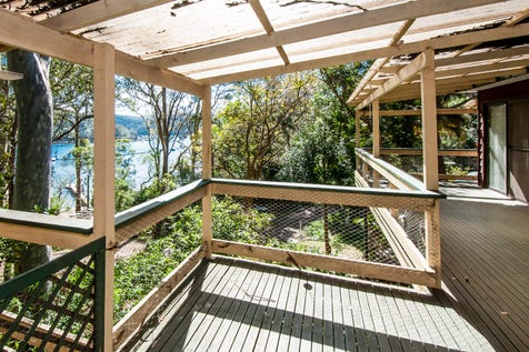 28 Richard Rd, Scotland Island, 2105, Northern Beaches - House / Views, Lifestyle and Potential / Deck / Open Fireplace / $720,000