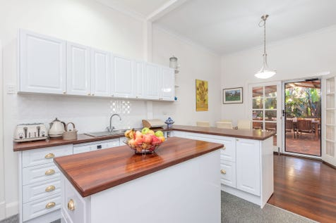 9 Scott Street, Greenmount, 6056, North East Perth - House / Character Cottage on a BIG block, with LOADS OF PARKING. / Carport: 1 / Open Spaces: 10 / Air Conditioning / Floorboards / Toilets: 3 / $500,000