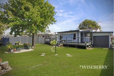 24 Robson  Avenue, Gorokan, 2263, Central Coast - House / MORE THAN JUST A HOME... / Garage: 1 / $410,000