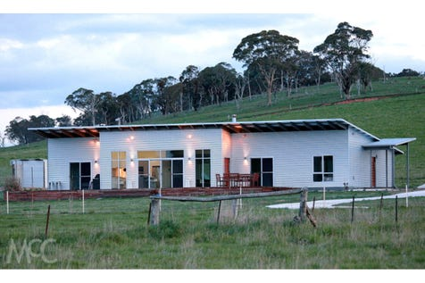 208 Nyes Gate Road, Millthorpe, 2798, Central Tablelands - Lifestyle / Energy Efficient on 100 Acres / Garage: 4 / P.O.A