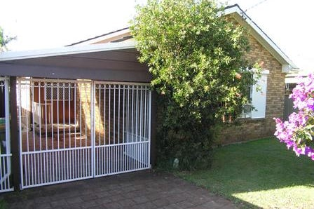 87 Veron Road, Umina Beach, 2257, Central Coast - House / Brick And Tile With a 1 Bedroom- Cabin / Carport: 2 / $690,000
