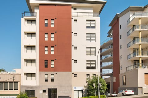4/24 Watt Street, Gosford, 2250, Central Coast - Unit / Modern Complex in Gosford CBD / Garage: 1 / P.O.A
