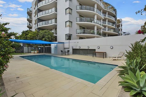 106/1-9 Torrens Street, The Entrance, 2261, Central Coast - Unit / Awesome Location - Oversized Courtyard!!! / Garage: 1 / $529,000