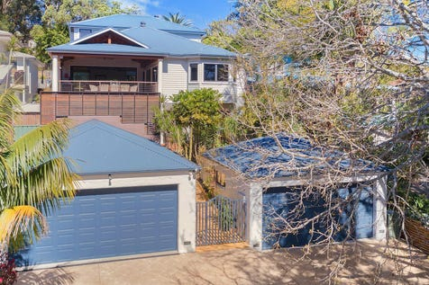 12 Hilltop Road, Wamberal, 2260, Central Coast - House / Contemporary family haven on sun drenched 803sqm / Balcony / Deck / Swimming Pool - Inground / Garage: 4 / Air Conditioning / Built-in Wardrobes / Dishwasher / $1,500,000