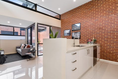10/33 Windsor Street, Perth, 6000, Perth City - Apartment / MODERN MEETS CHARACTER / Garage: 1 / $400