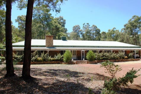 740 Summit Road, Mundaring, 6073, North East Perth - House / Location, Location On 3.3 Acres / Carport: 6 / Toilets: 2 / $799,000