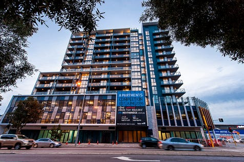 48/269 James Street, Northbridge, 6003, Perth City - Apartment / CITY VIEWS- GREAT PRICE! / Balcony / Courtyard / Swimming Pool - Inground / Carport: 1 / Remote Garage / Secure Parking / Air Conditioning / Alarm System / Built-in Wardrobes / Gym / Intercom / Pay TV Access / $520,000