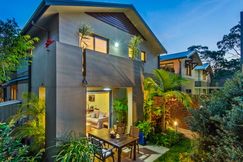 4/15-17 Central Road, Avalon Beach, 2107, Northern Beaches - House / Downsizers dream / Garage: 2 / Air Conditioning / Study / Ensuite: 1 / $1,675,000