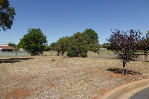 11 Scoble Place, Parkes, 2870, Central Tablelands - Residential Land / Great Price / $37,950