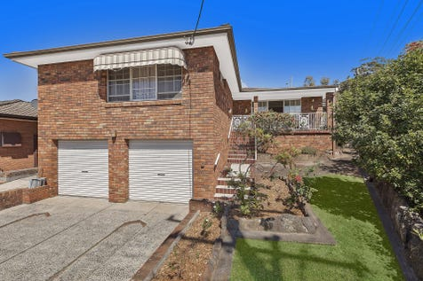 48 Lucas Crescent, Berkeley Vale, 2261, Central Coast - House / Solid Family Home With Elevated Block!!! / Garage: 4 / $645,000