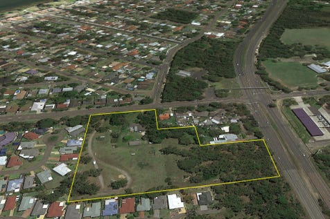 205 Elizabeth Bay Drive, Lake Munmorah, 2259, Central Coast - Residential Land / DREAM OPPORTUNITY / $2,400,000