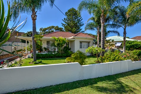6 Norman Street, Umina Beach, 2257, Central Coast - House / POSITION WITH POTENTIAL PLUS ! / Carport: 1 / Secure Parking / Air Conditioning / Floorboards / $1,200,000