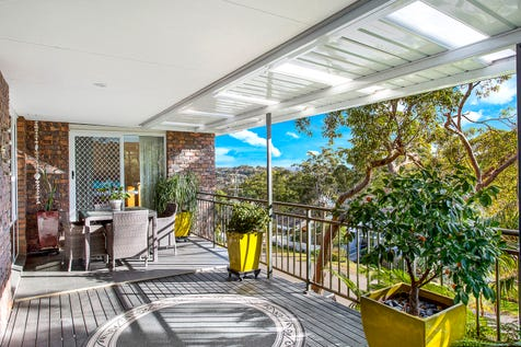 29 Shakespeare Avenue, Bateau Bay, 2261, Central Coast - House / Dual Living Perfection / Balcony / Garage: 2 / Secure Parking / Air Conditioning / Toilets: 4 / $799,000