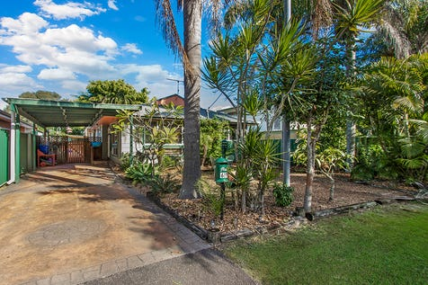 69 Boronia Avenue, Woy Woy, 2256, Central Coast - House / VALUE PACKED 3 BEDROOM HOUSE IN QUIET STREET! / Carport: 1 / $629,000
