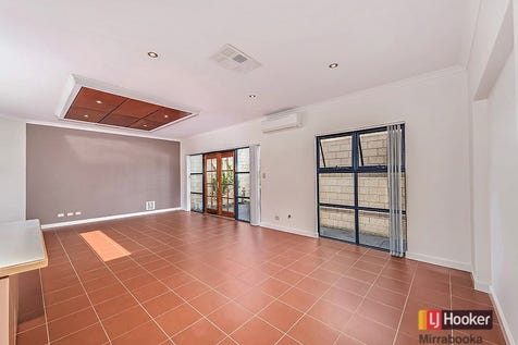 "4B Mayfield St, Westminster, 6061, North East Perth - Villa / SOLD BY LJ HOOKER ""nobody does it better!"" / Fully Fenced / Outdoor Entertaining Area / Garage: 2 / Remote Garage / Secure Parking / Air Conditioning / Broadband Internet Available / Built-in Wardrobes / Dishwasher / Gas Heating / Pay TV Access / P.O.A"