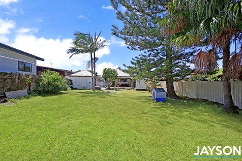 12 Heador Street, Toukley, 2263, Central Coast - House / UNDER CONTRACT Contact Jason Graham 0466 888 844 / Carport: 1 / Garage: 1 / $550,000