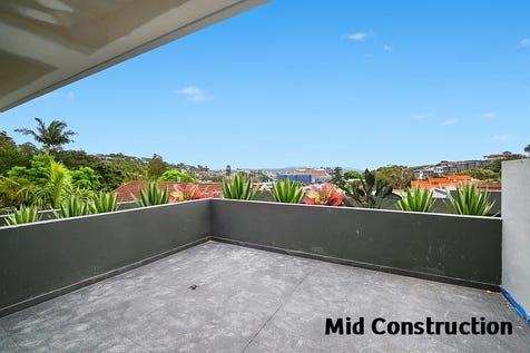 4/65 Scenic Hwy, Terrigal, 2260, Central Coast - House / Completion Due March / Balcony / Garage: 2 / Secure Parking / Air Conditioning / Built-in Wardrobes / Open Fireplace / $900,000