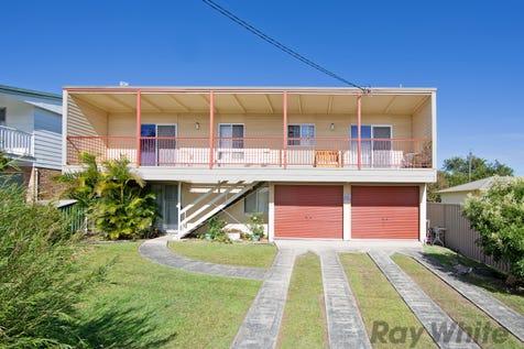 42 Kalulah Avenue, Gorokan, 2263, Central Coast - House / Large Land, Spacious Home, Loads of Potential / Garage: 2 / Toilets: 2 / $470,000